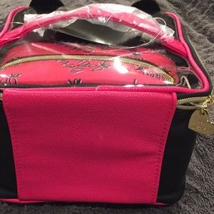 Betsey Johnson Bags - New Betsey Johnson Cat 3 piece Cosmetic Bag set 2eaa588537870